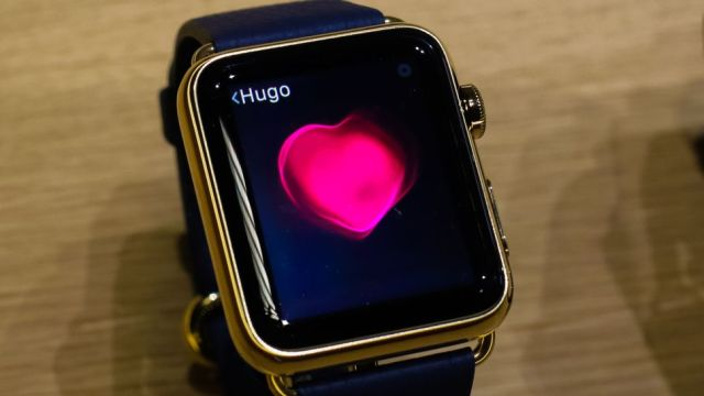 Apple Watch Kalp Deliği