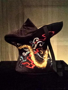 Alexander McQueen's rendition of (royal) chinese shoes