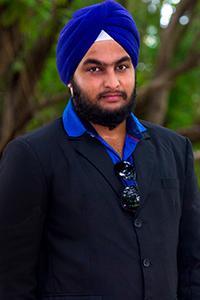 Gareeba director