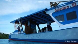 Siladen Resort & Spa dive boat