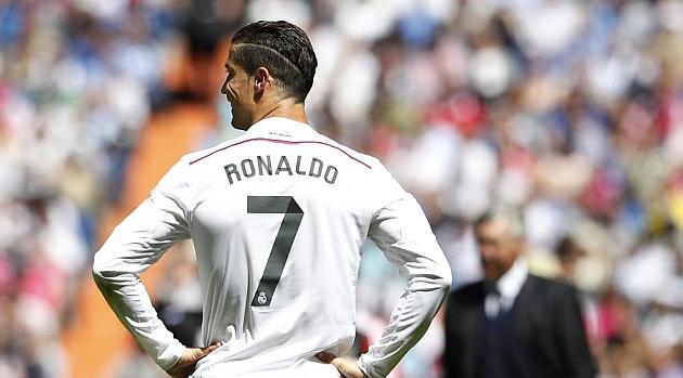 Cristiano Ronaldo Jadi Penyerang Tengah, Berubah dari CR7 Jadi CR9!