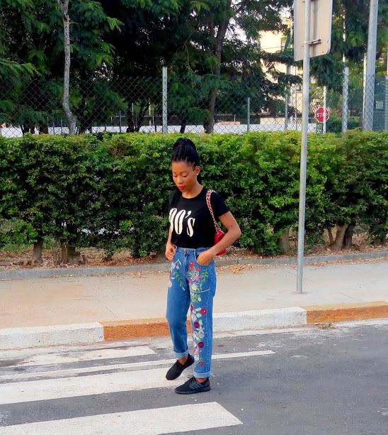 Jean mom & t-shirt les bons basiques (14)