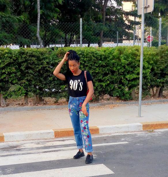 Jean mom & t-shirt les bons basiques (17)