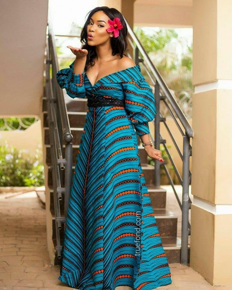 3ddf388372d 47 modèles de robes en pagne chics et tendances pour vos occasions ...