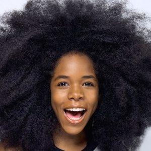 Obtenir du volume avec des cheveux crépus #Hair #huiledecoco #routinecheveux #poussedecheveux #women (1)