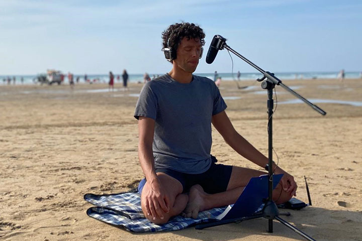silent disco meditation newquay cornwall uk