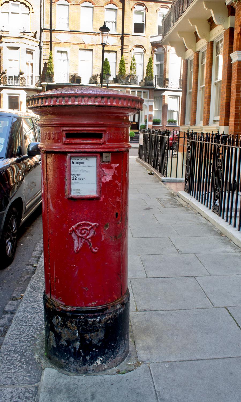 2014-europe-british-mailbox