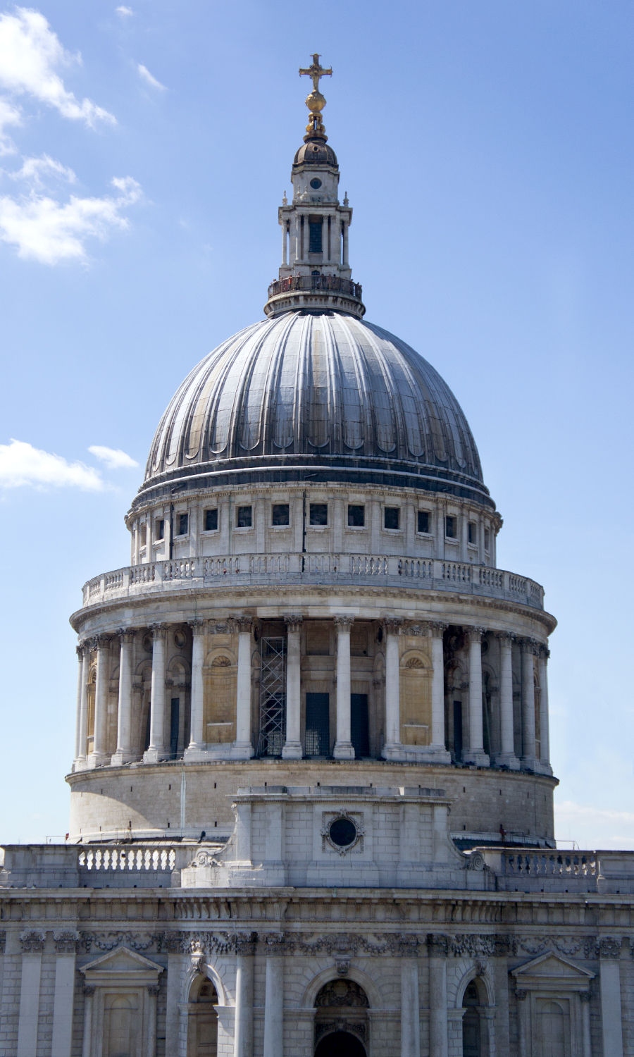 2014_europe_st-paul-cathedral-onenewchange