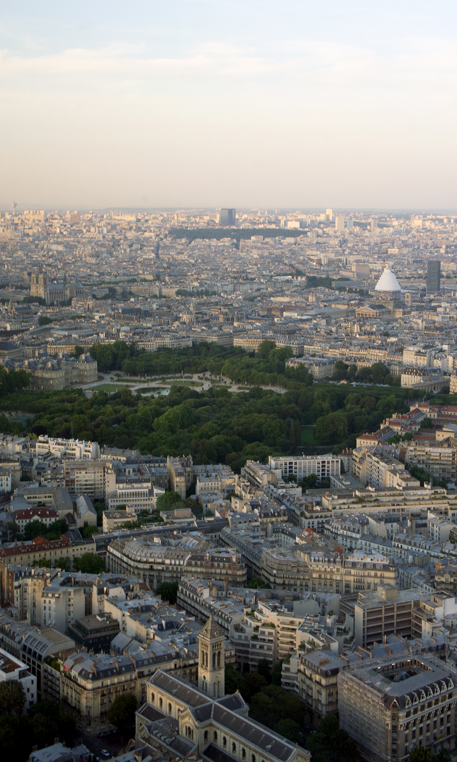 2014-montparnasse-56-tower-paris-france-04