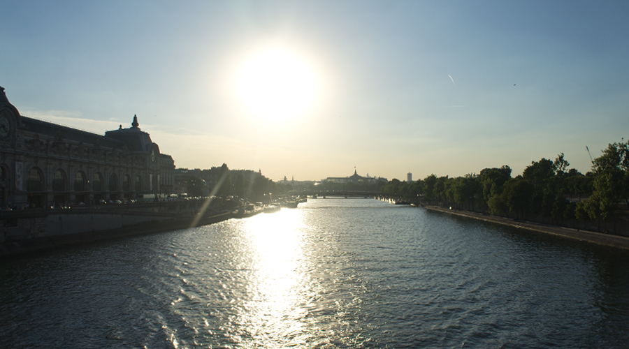 2014-pont-royal-bridge-seine-river-paris-france-01