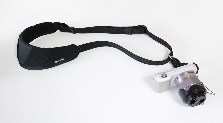 silentlyfree-travel-tips-camera-strap