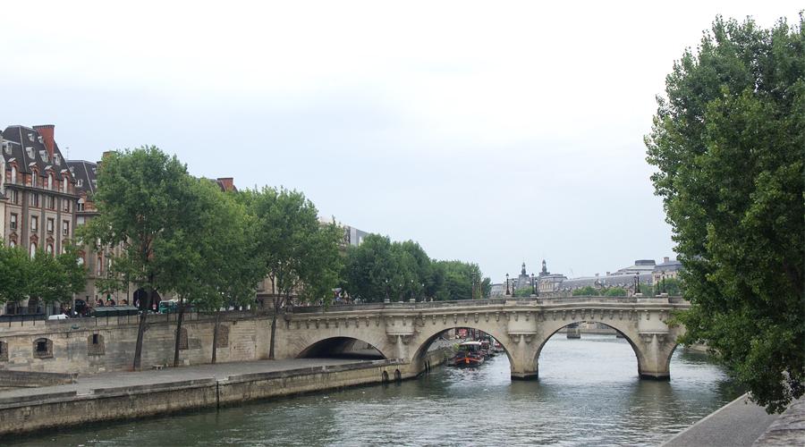 2014-notre-dame-paris-france-15