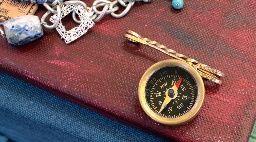 silentlyfree-compas-travel