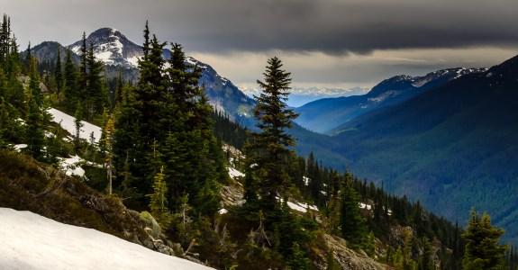 Coquihalla Summit Recreation Area. Zoa Peak Trail