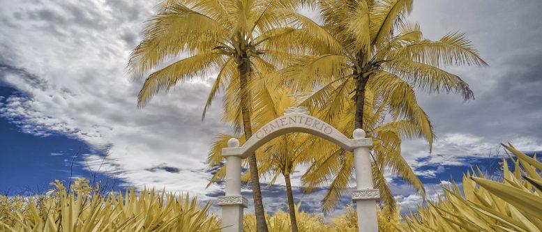 Cementerio Cabuya, Costa Rica (Cemetary Island)