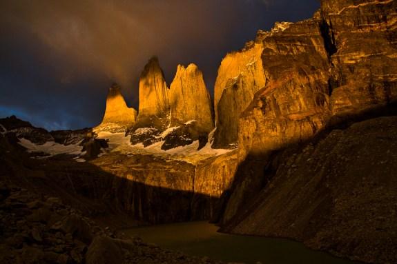 Amancecer en Torres del Paine
