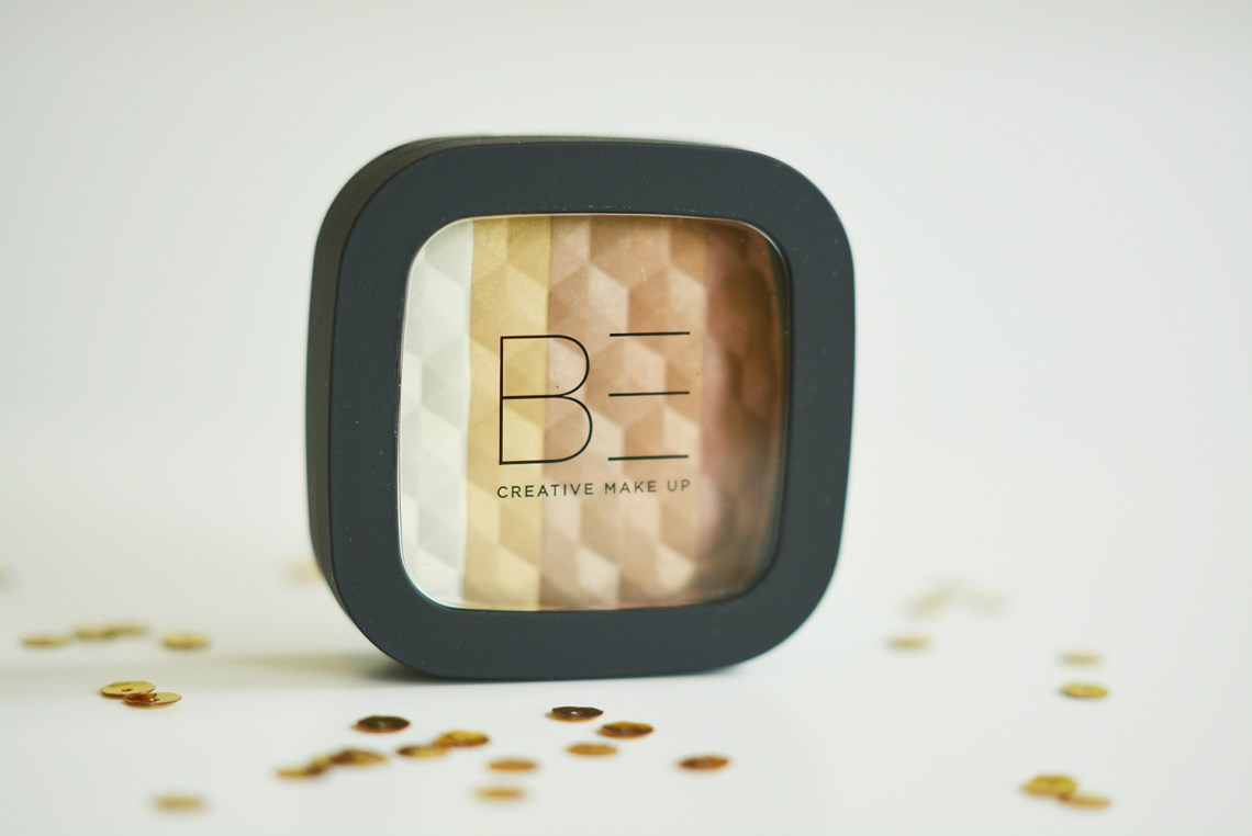 BE Creative Highlighting Powder 002 Beige Gold