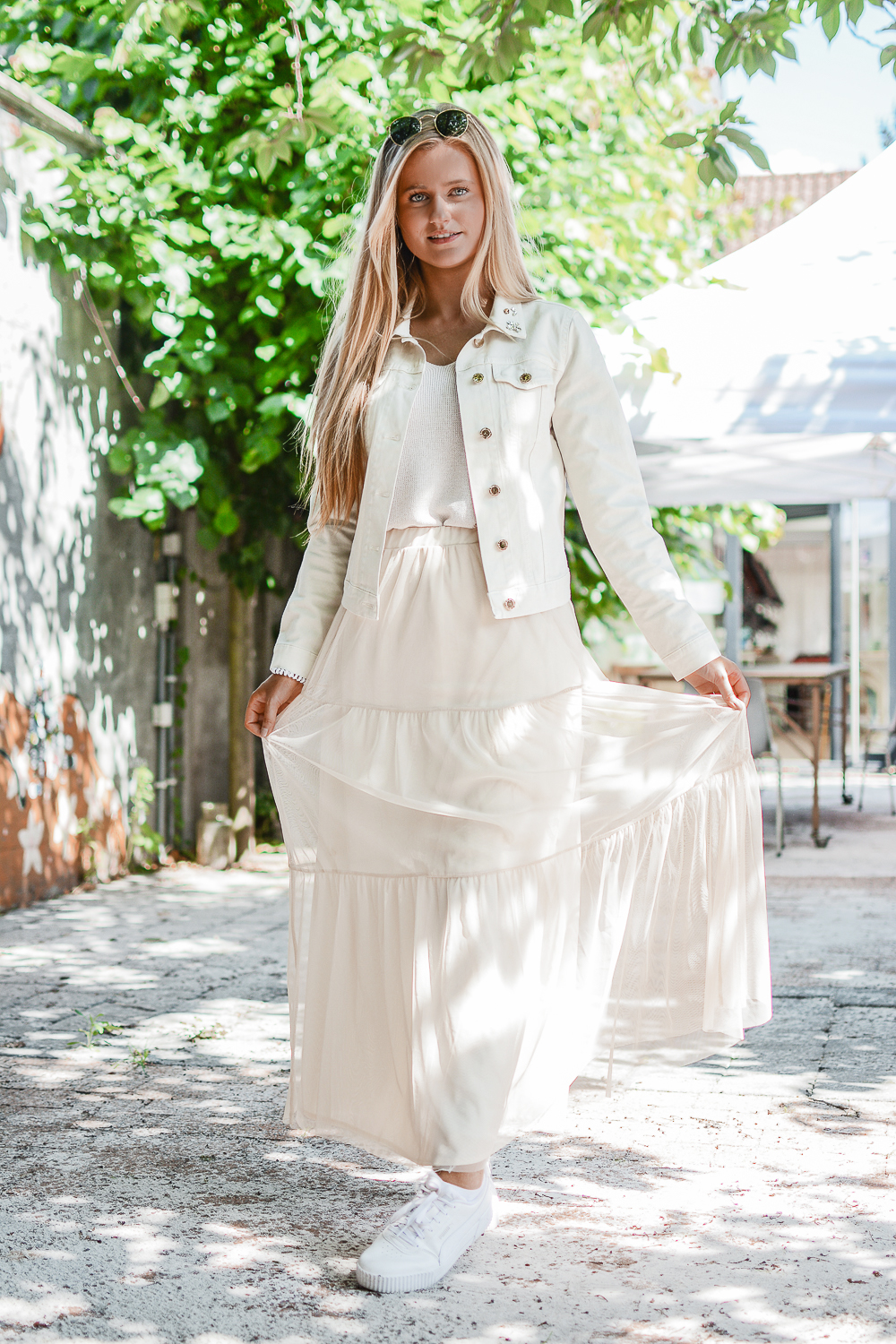 Outfit: Princess in Beige