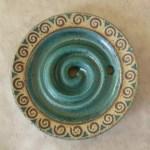 Keramik-Seifenschale mit Spiralmuster (Intarsien)
