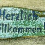 Herzlich Willkommen - Schild