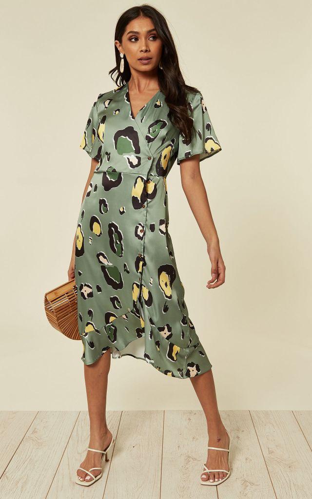 Midi dress in mint green animal print