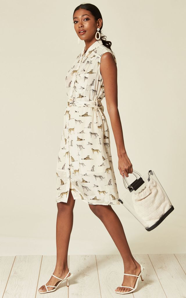 Sleeveless shirt dress in safari print