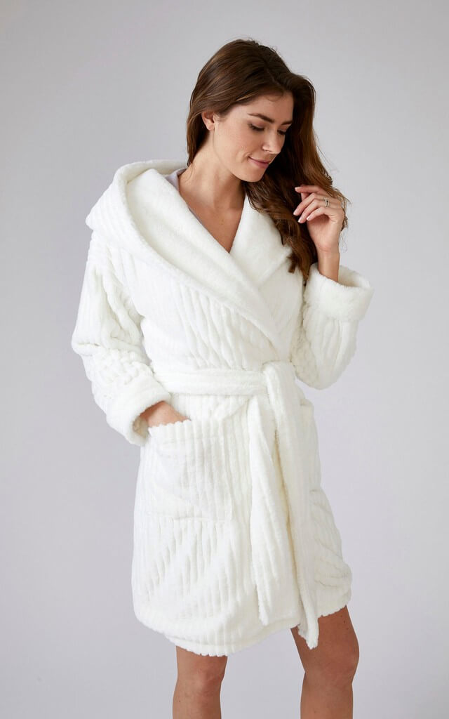 Cloud Fluffy Dressing Gown in Cream