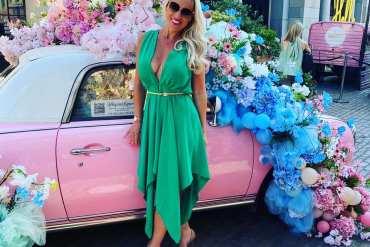 kim-lockett-woolf_charlotte-deep-v-neck-handkerchief-dress-in-green_bullet