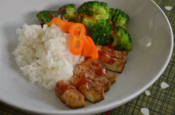 Baked tofu and rice