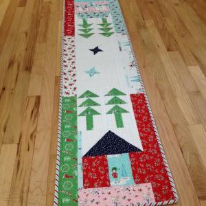 My finishitfriday post features my pixienoelfabric tashanoel1 rileyblakedesigns from thehellip
