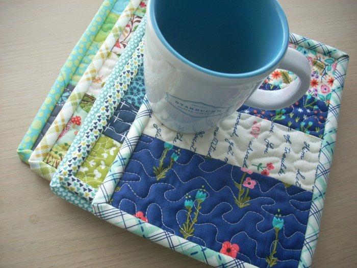 finished mug rugs
