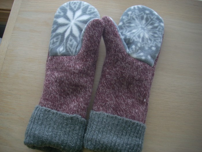 sweater mittens