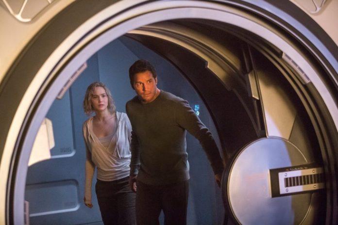 Passengers, Jennifer Lawrence e Chris Pratt al cinema