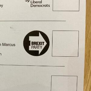 papeleta electoral con el logotipo del Brexit Party