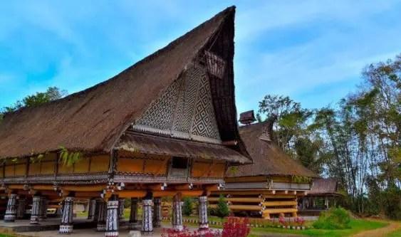 74+ Gambar Rumah Adat Sumatera Utara Beserta Keterangannya Gratis
