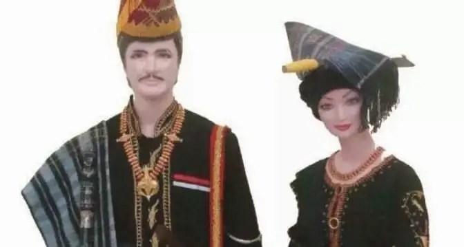 10 Pakaian Adat Daerah Sumatera Utara Gambar Dan Penjelasannya