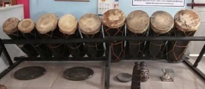 Alat Musik Tradisional Sumatera Utara Gordang Sambilan Mandailing