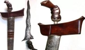 Senjata Tradisional Riau Keris