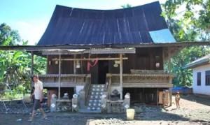 Nama Rumah Adat Padang