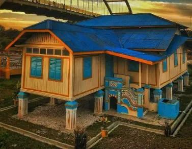 Rumah Tradisional Khas Riau