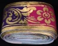 Sabuk Prada Ciri Khas Pakaian Bali