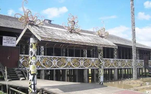 2 Nama Rumah Adat Kalimantan Timur Gambar Beserta Keterangannya