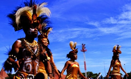 Tarian Adat dari Papua Barat