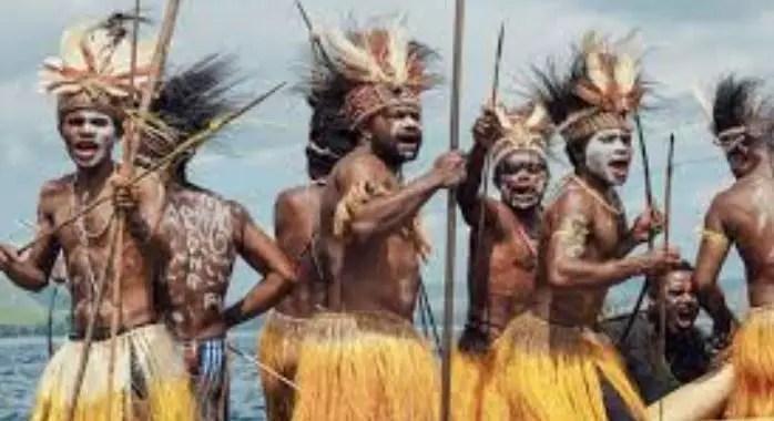 Tarian Adat Papua
