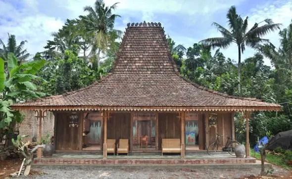Rumah Adat Joglo Jawa Tengah