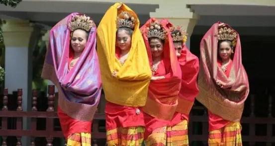 Tari Tenun Songket Budaya Sumatera Selatan