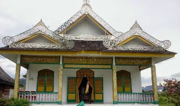 Rumah Tradisional Kalimantan Timur