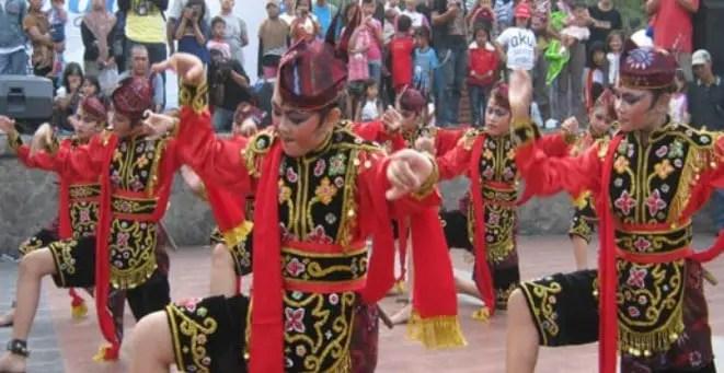 Kabar terkait dengan Tari Remo Tradisional Jawa Timur dan Keterangan