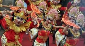 Ulasan mengenai Tari Janger Tradisional Bali dan Pakaian yang dipakai