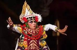 Uraian mengenai artikel Tari Baris Tunggal Bali dan penjelasannya